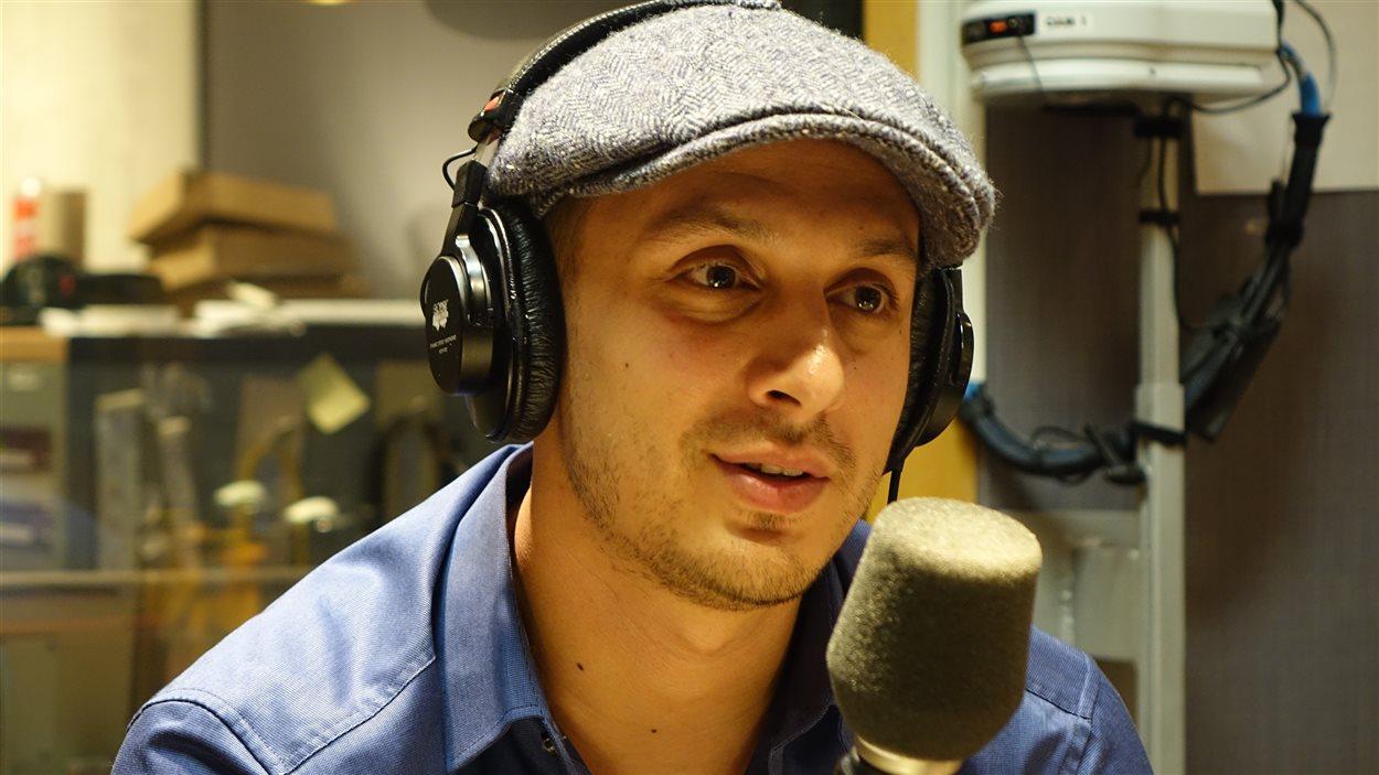 Samian en entrevue au 15-18 dans le studio 91
