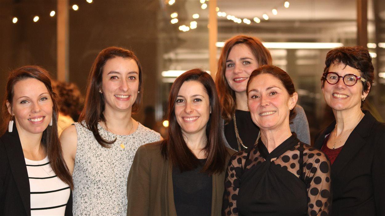 Les six employées de Convercité. De gauche à droite : Julie Bergeron, Ophélie Chabant, Gabrielle Immarigeon, Léa Riou, Marianik Gagnon et Marie Pascale Lalonde.