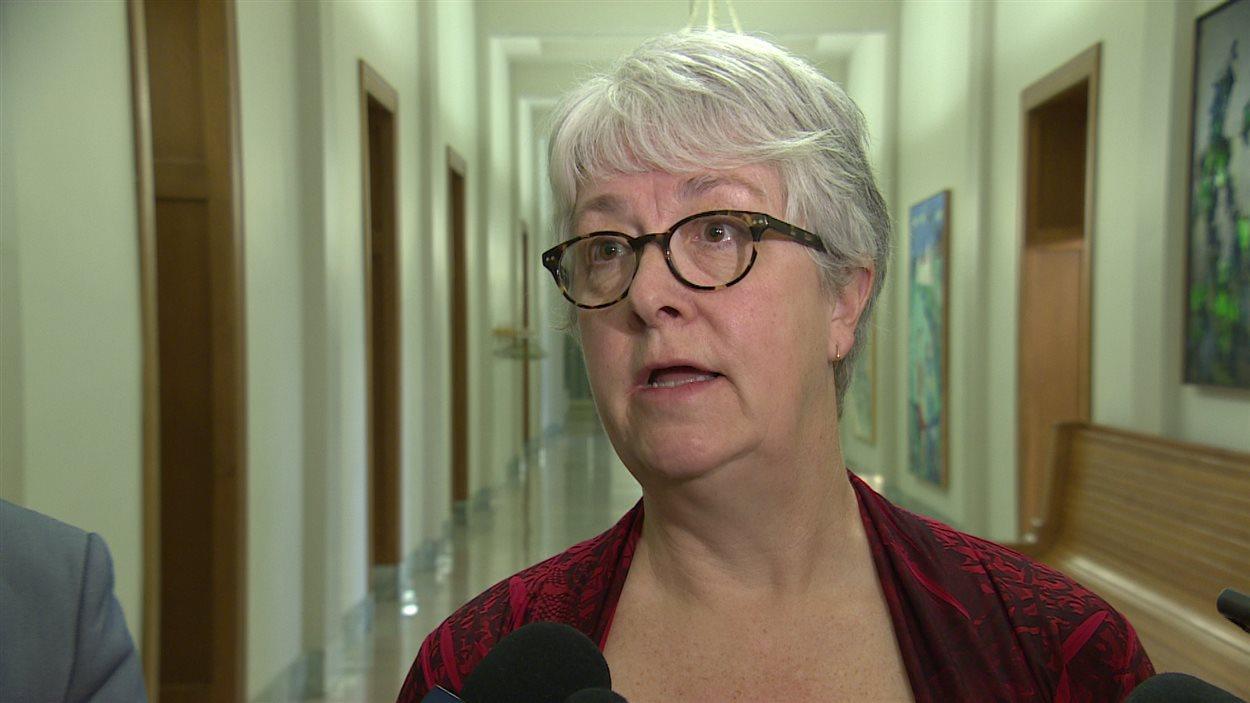 La députée et responsable néo-démocrate pour SaskPower, Cathy Sproule.