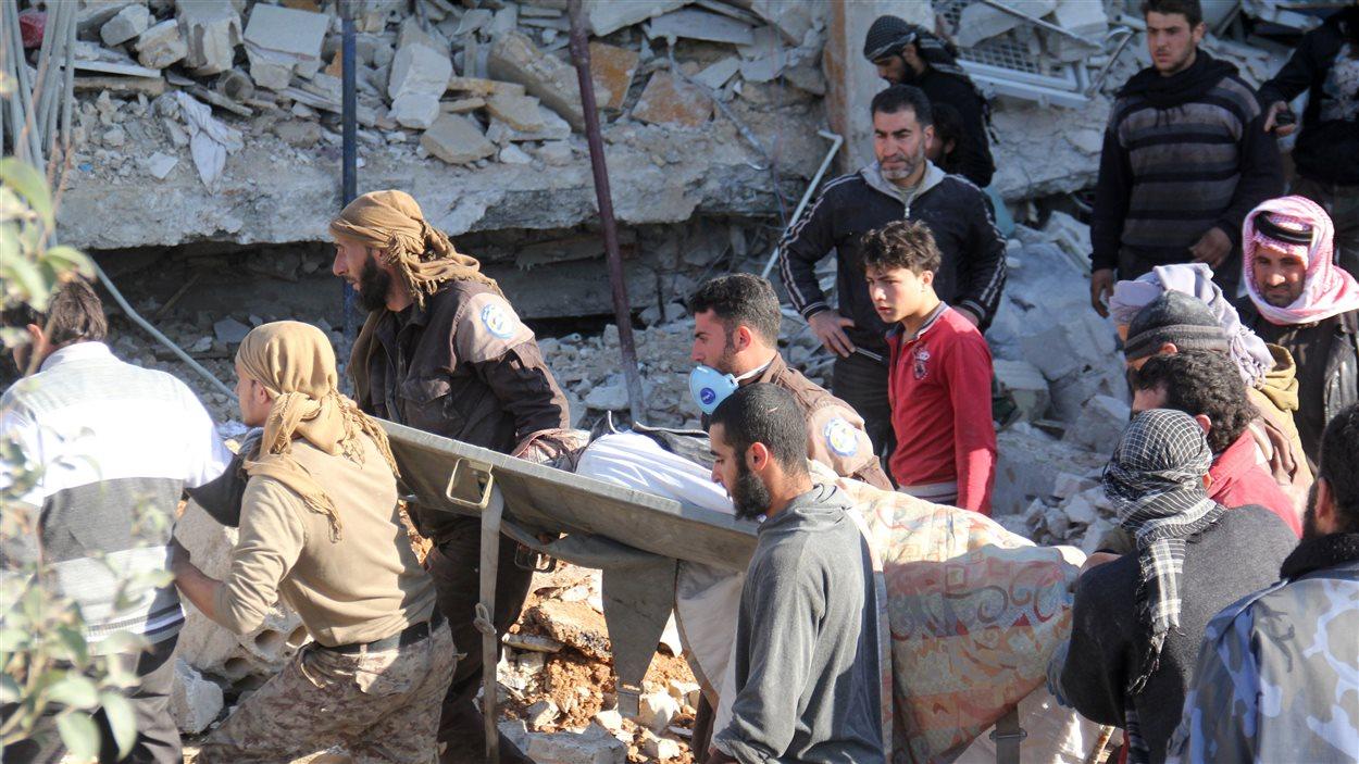 Au moins sept personnes ont été tuées, et huit autres, blessées, dans le bombardement d'un hôpital soutenu par MSF à Maaret Al-Noomane.