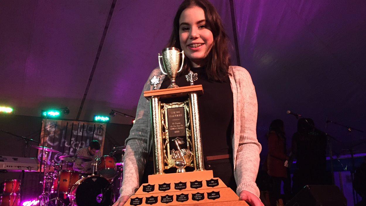 Erika Fowler est la gagnante de la Chicane électrique 2016.