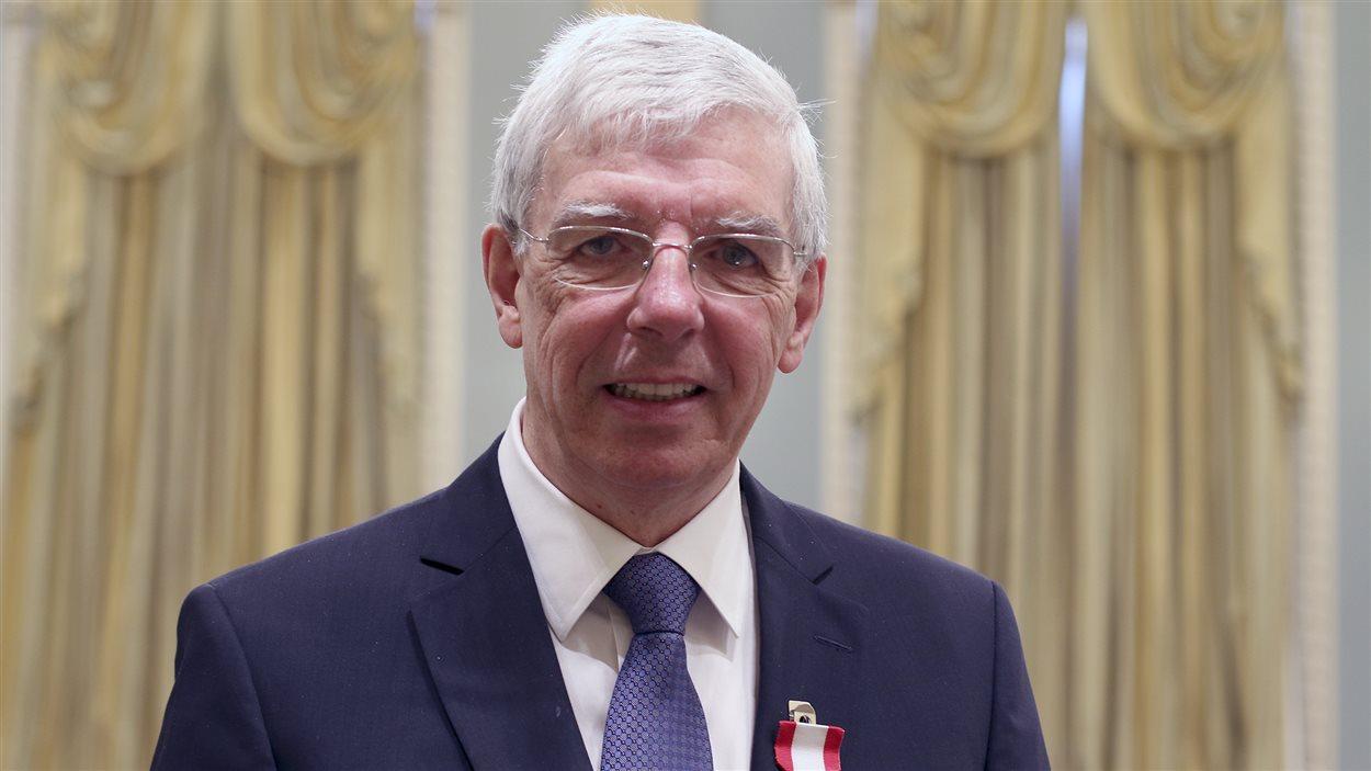 Pierre Bergeron, ancien président-éditeur du journal LeDroit, a reçu l'Ordre du Canada la semaine dernière