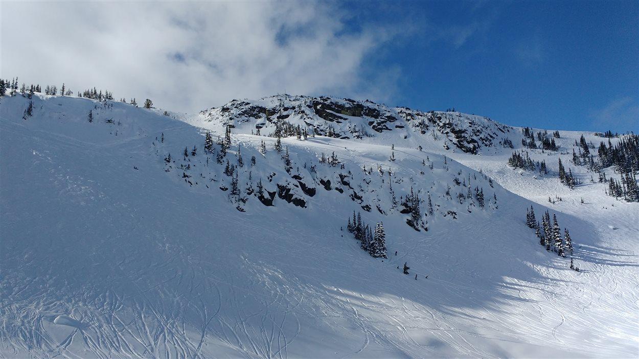 Une piste de ski à Whistler en Colombie-Britannique