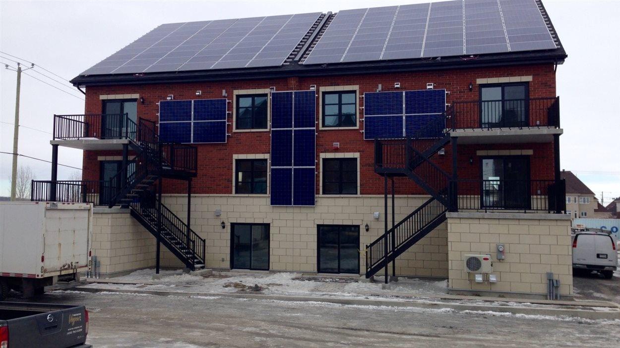 L'immeuble à condos certification « nette zéro » construit par les frères Voyer
