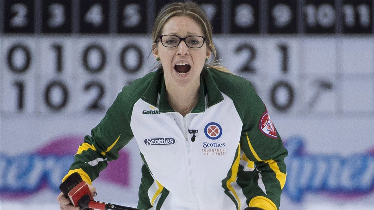 La capitaine de l'équipe du Nord de l'Ontario au Tournoi des coeurs, Krista McCarville