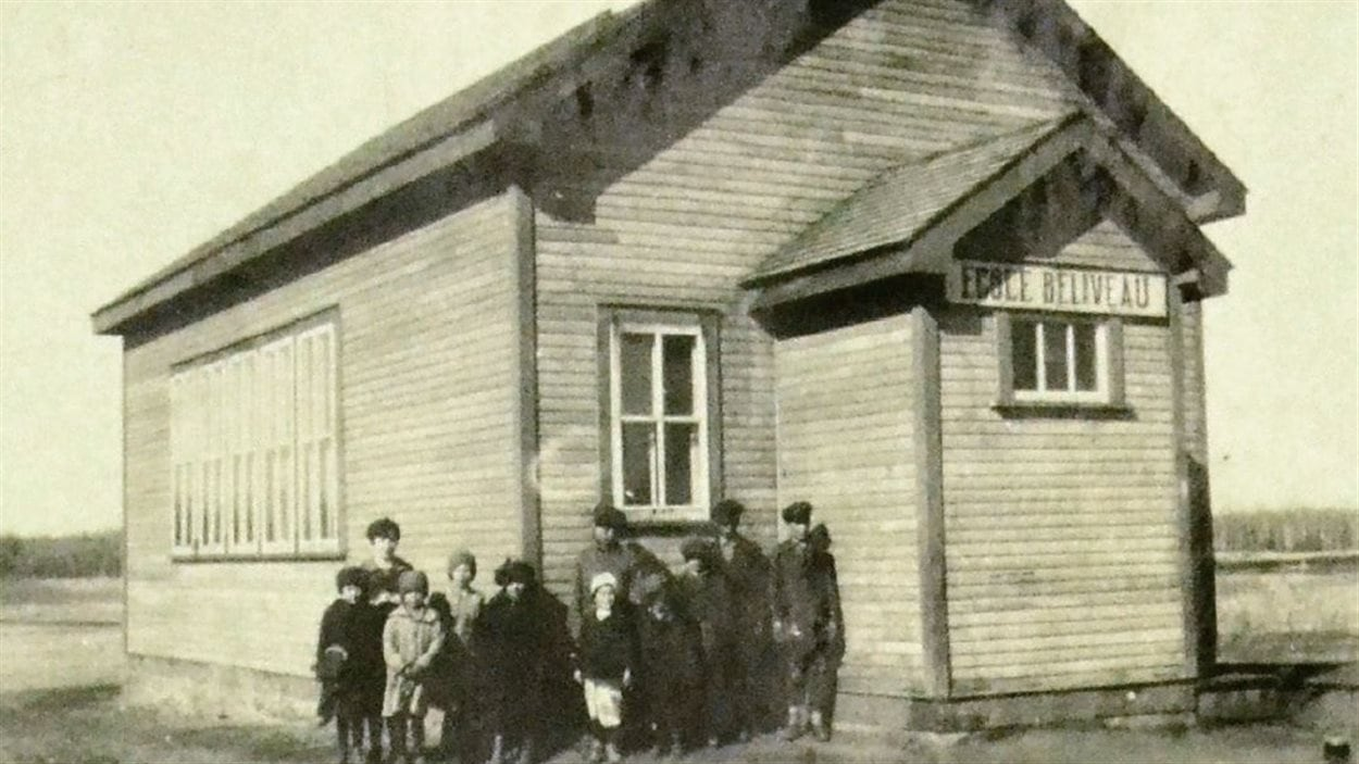 Une école au Manitoba vers 1935.