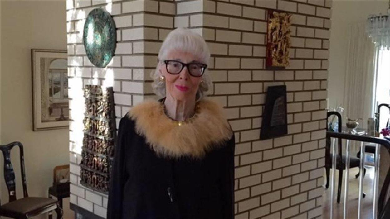 June Acorn veut sauver le musée