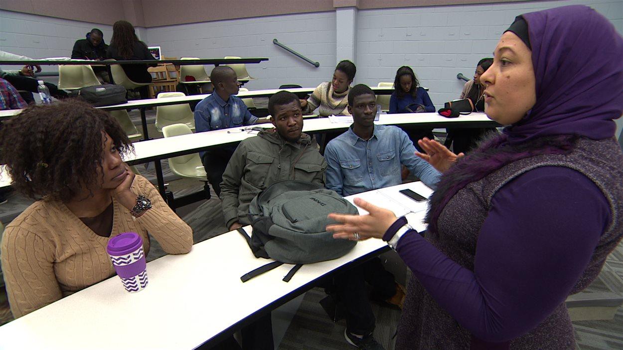Comme plusieurs régions du pays où les francophones sont minoritaires, le Manitoba compte sur l'immigration africaine pour freiner la diminution du nombre de francophones de souche.