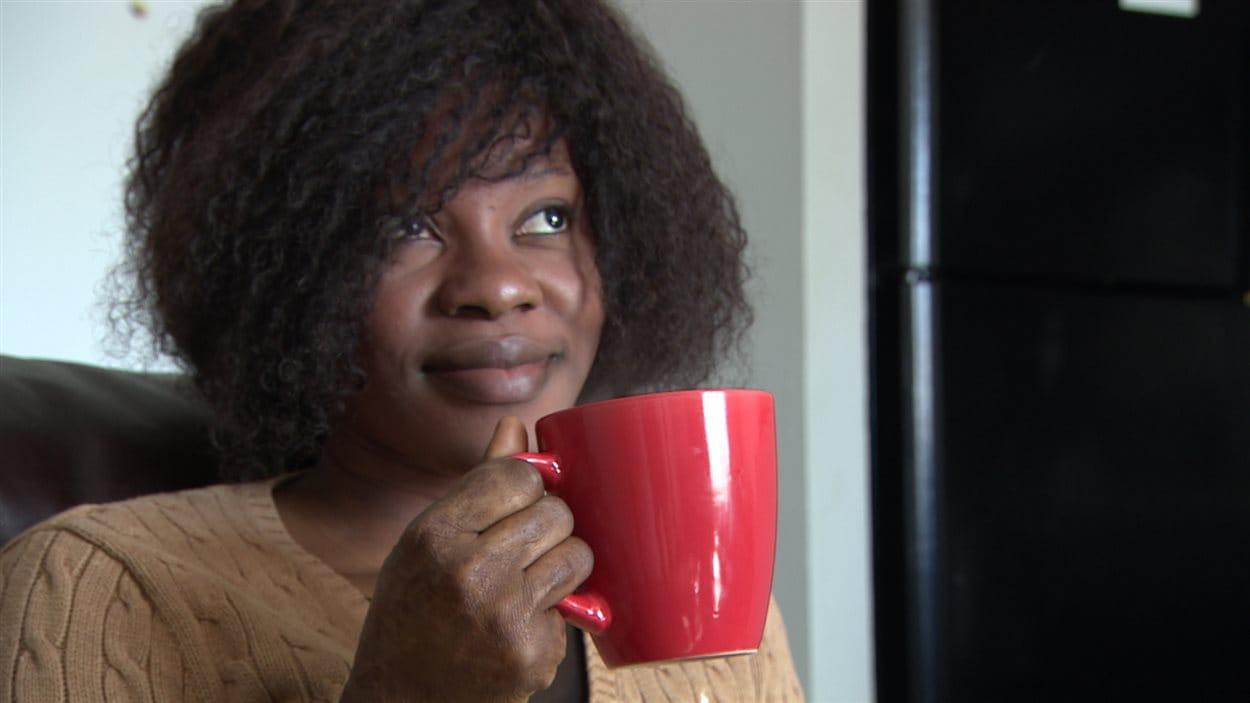 Suzanne Ngamele Siaga, étudiante en 2e année en administration des affaires, option marketing, à l'Université de Saint-Boniface.