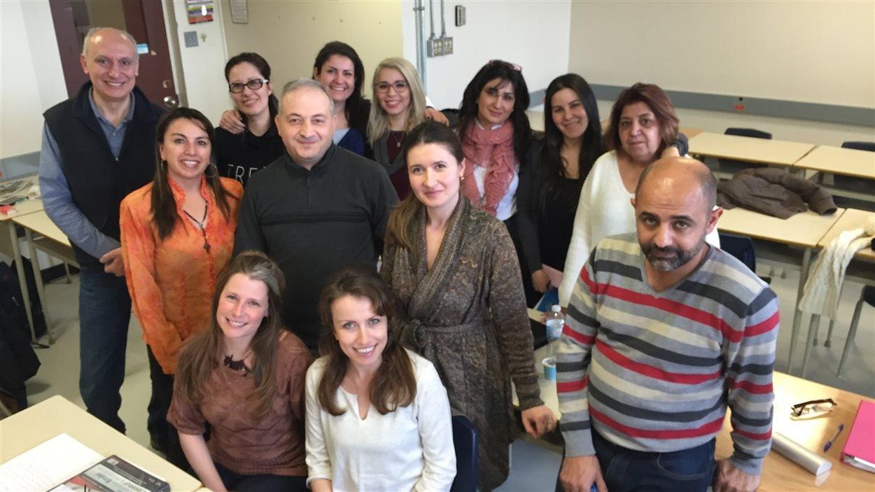 Au Cégep Bois-de-Boulogne, une vingtaine de groupes suivent le programme de francisation du MIDI, comme celui de Véronique Rioux (en bas à gauche).