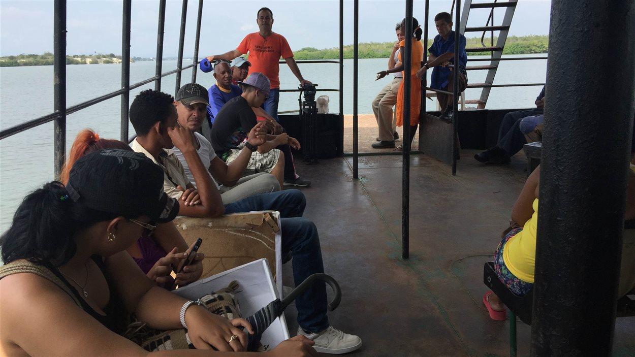 Traversier entre Caimanera et Boqueron, les deux villes frontalières cubaines avec la base militaire de Guantanamo.