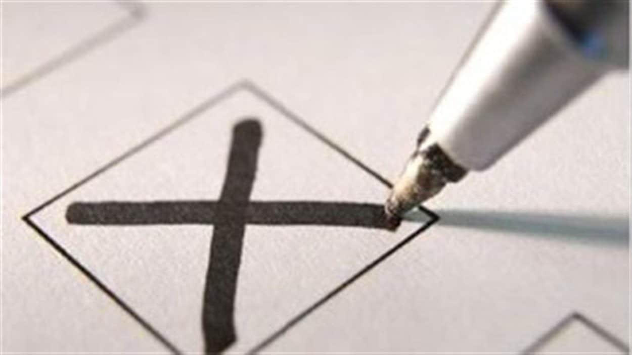 Un bulletin de vote marqué d'un X
