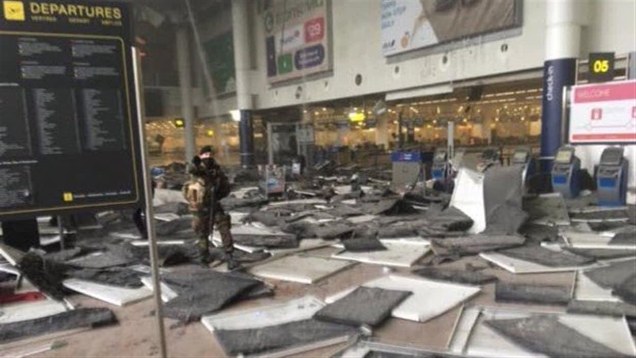 Deux explosions se sont produites à l'aéroport de Bruxelles.