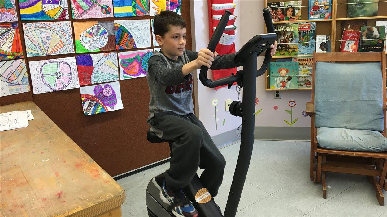 L'école du Bois Joli de Trois-Rivières Ouest achètera 20 vélos spining pour que chacune des classes puisse avoir son propre vélo.