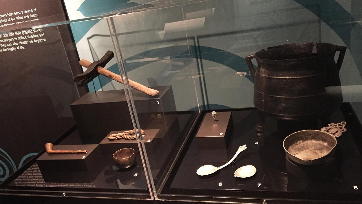 Des objets récoltés dans les épaves de navires à l'exposition «Fragments d'humanité, archéologie du Québec»