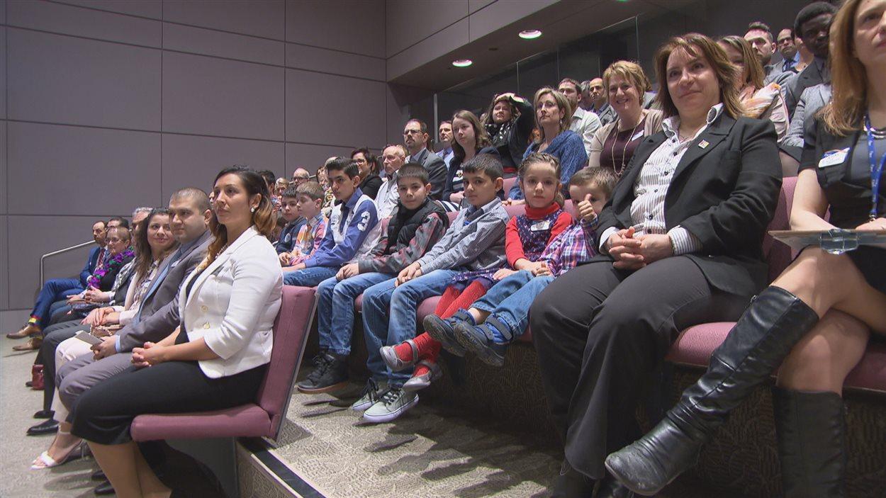 Cinq familles syriennes ont été présentées à la communauté francophone d'Ottawa.