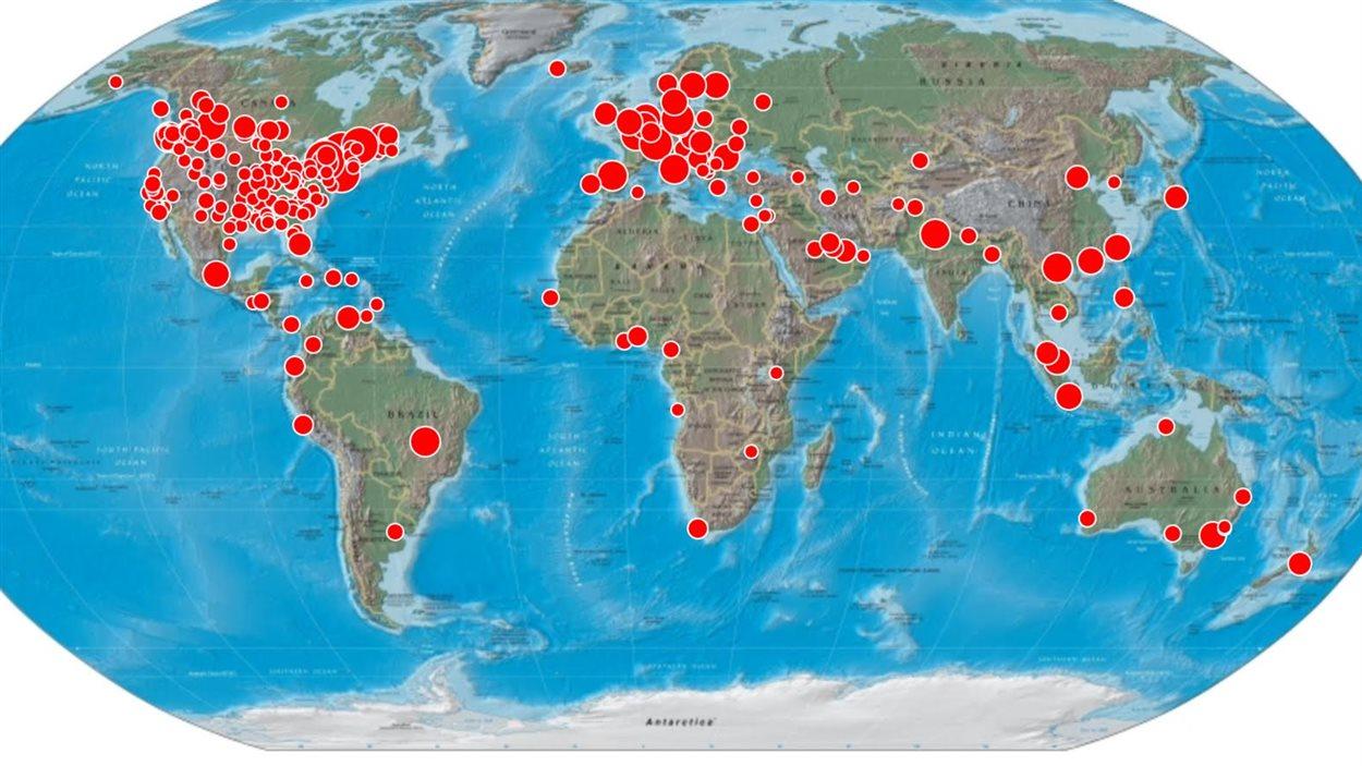 Les médias traditionnels de 72 pays ont traité du décès de Jean Lapierre. Planète avec les endroits  où le sujet a été traité