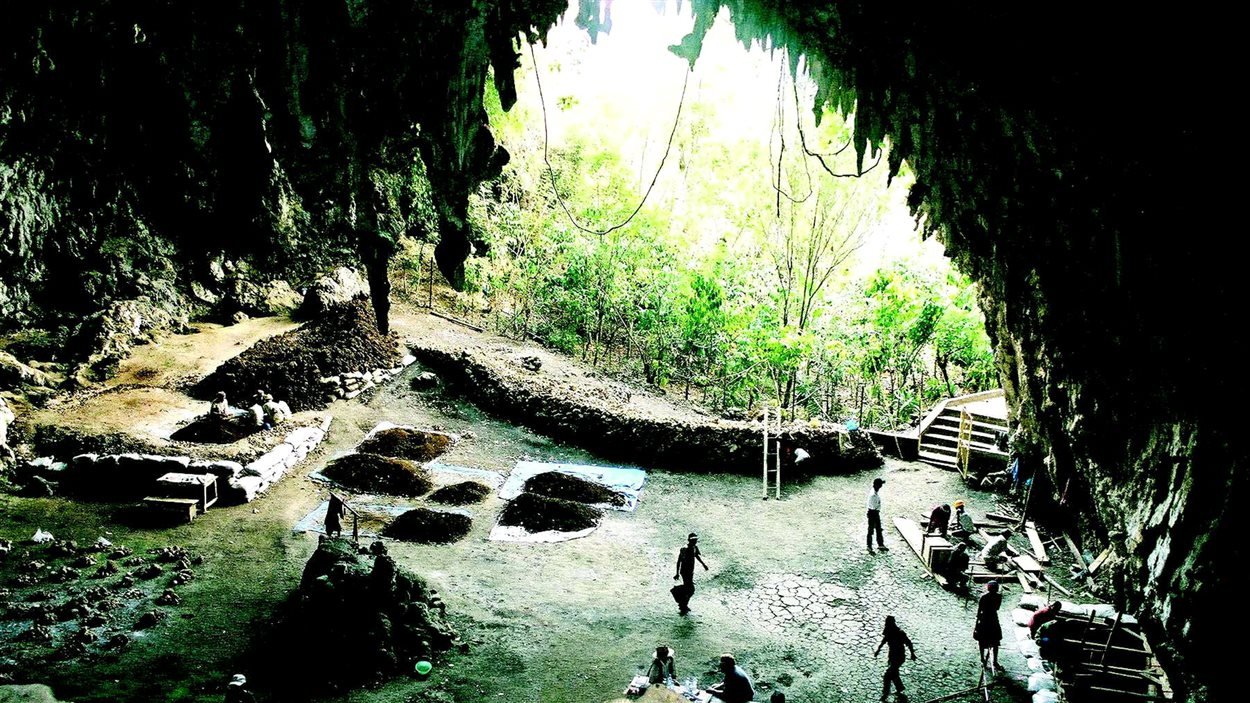 Une grotte de l'île de Florès