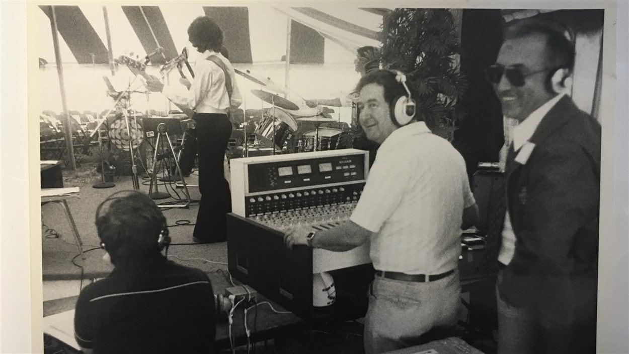 De nombreux chanteurs se produisaient à Windsor grâce à Radio-Canada.