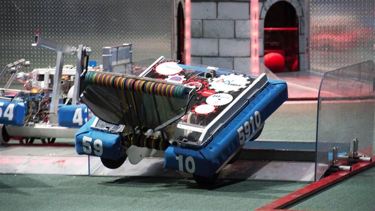 Le robot de l'équipe des Supertronix
