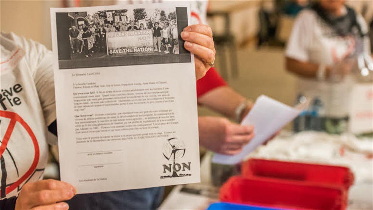 Une lettre qui sera envoyée à la famille Gauthier par les opposants aux projets d'éolienne dans l'Est ontarien.