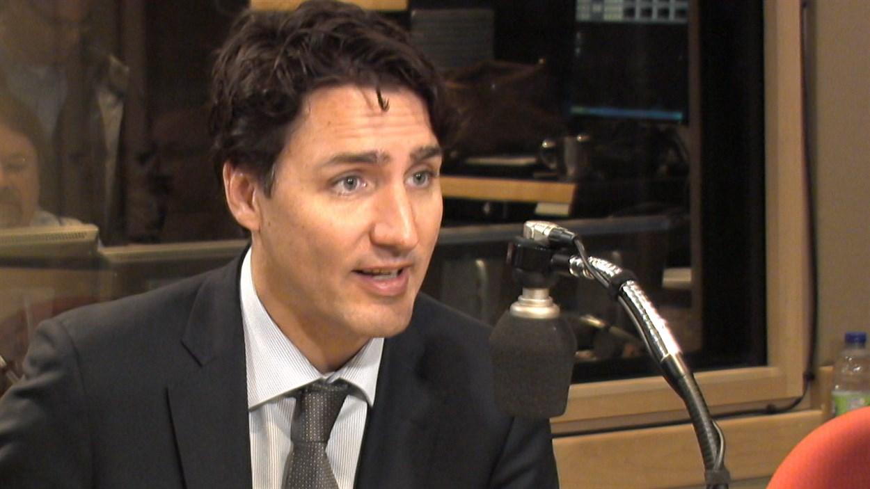 Le premier ministre Trudeau au micro d'Alain Gravel à Montréal