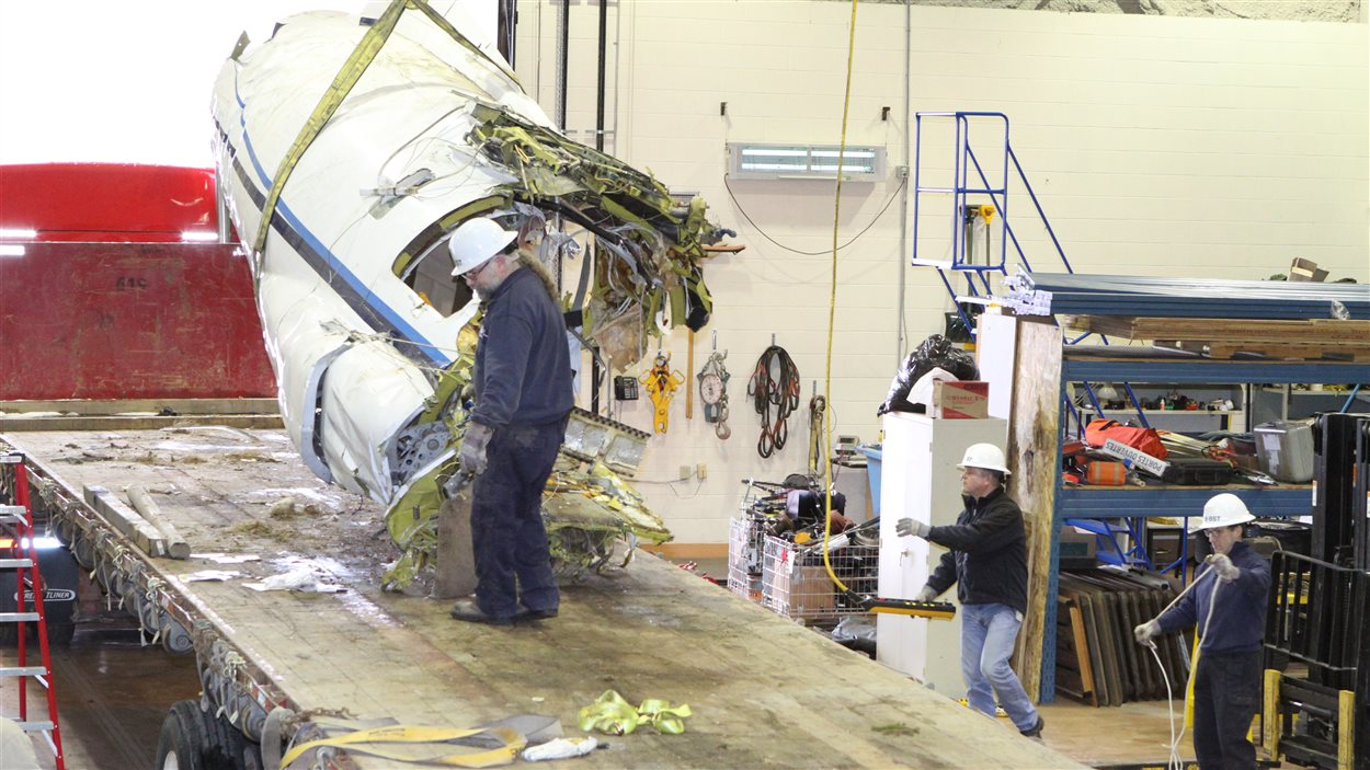 Carcasse de l'avion qui s'est écrasé aux Îles
