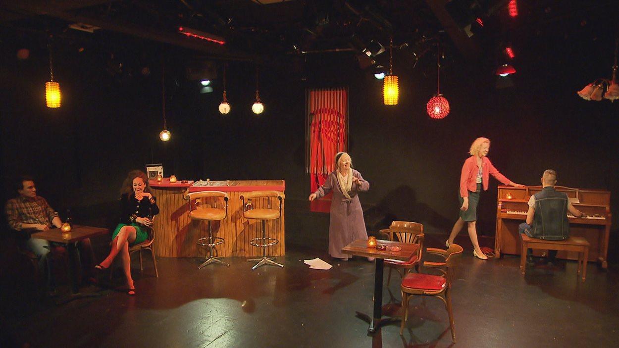 La pièce Mme G met en scène l'histoire d'une  tenancière de bar clandestin dans le quartier Montcalm.
