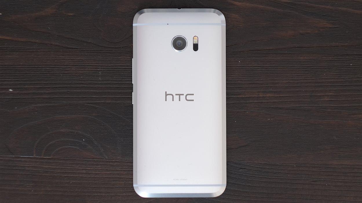 Le téléphone Android HTC