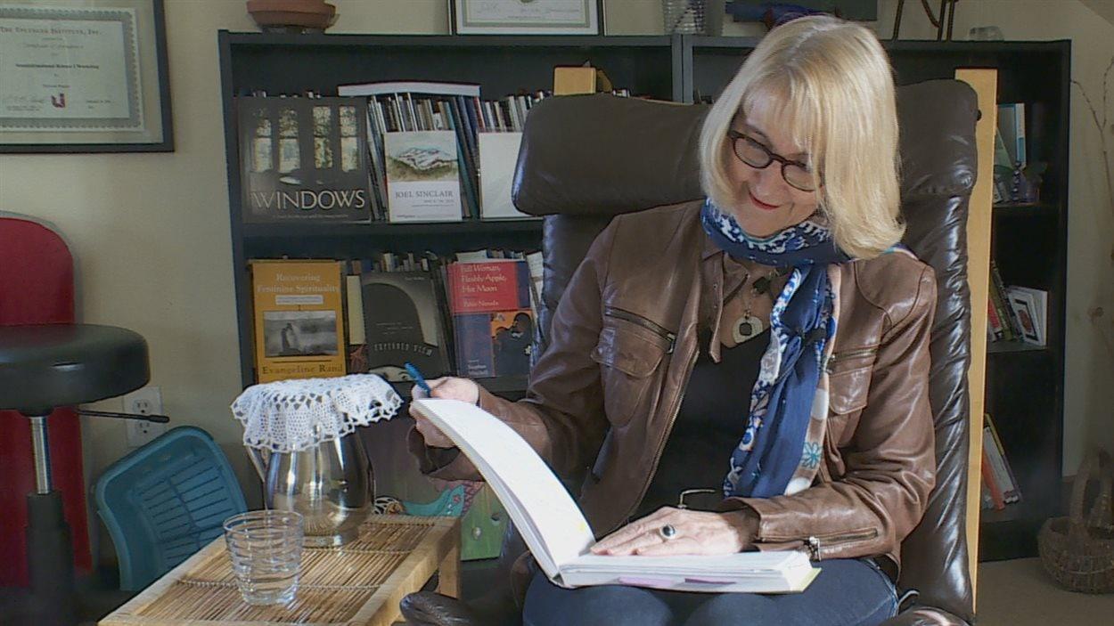 Pierrette Requier est porte-parole du Festival de la poésie à Edmonton