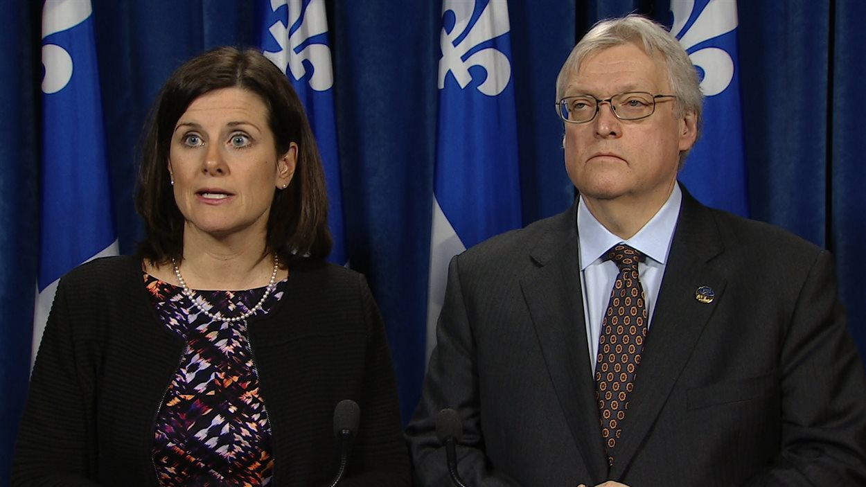 Les ministres Stéphanie Vallée et Gaétan Barrette