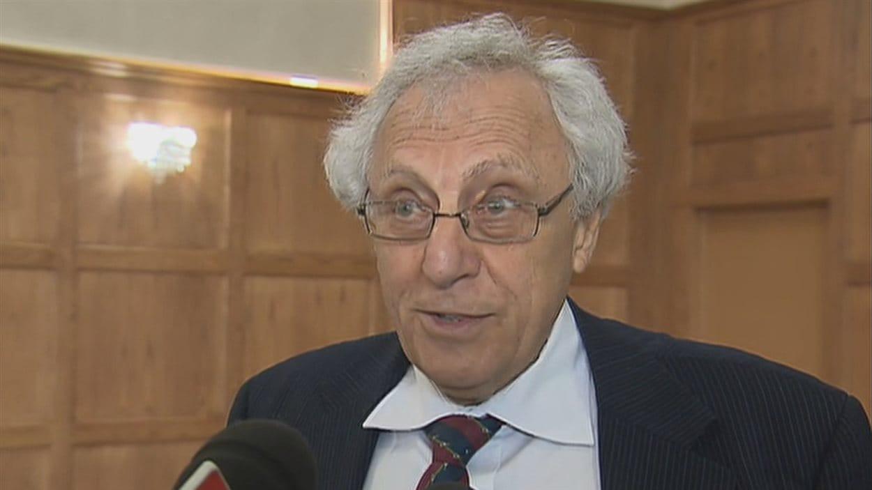 Le Dr Pierre Band estime que la Direction de la santé publique a commis une erreur en ignorant une recommandation du comité d'experts.