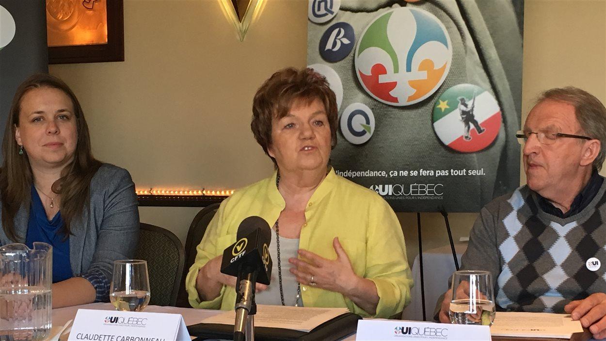 Martine Desjardins, Claudette Carbonneau (présidente du groupe Oui Québec) et Martin Boucher