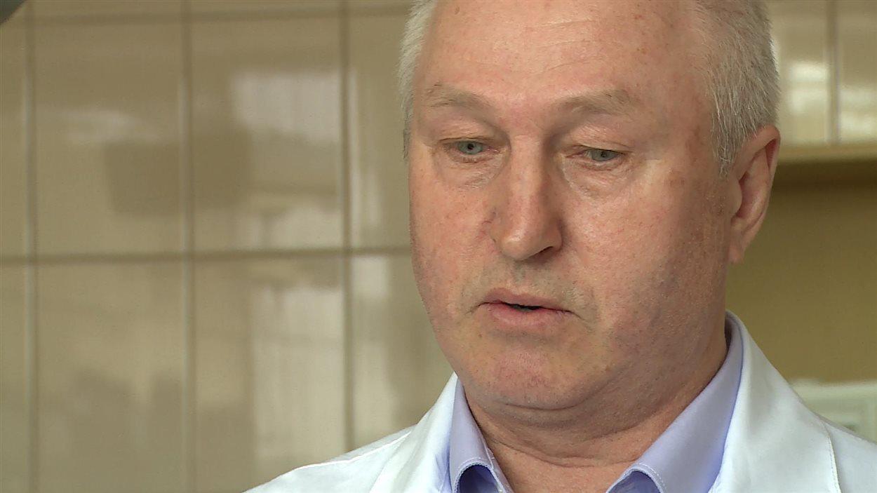 Le Dr Victor Khanayev, médecin à Novozybkov