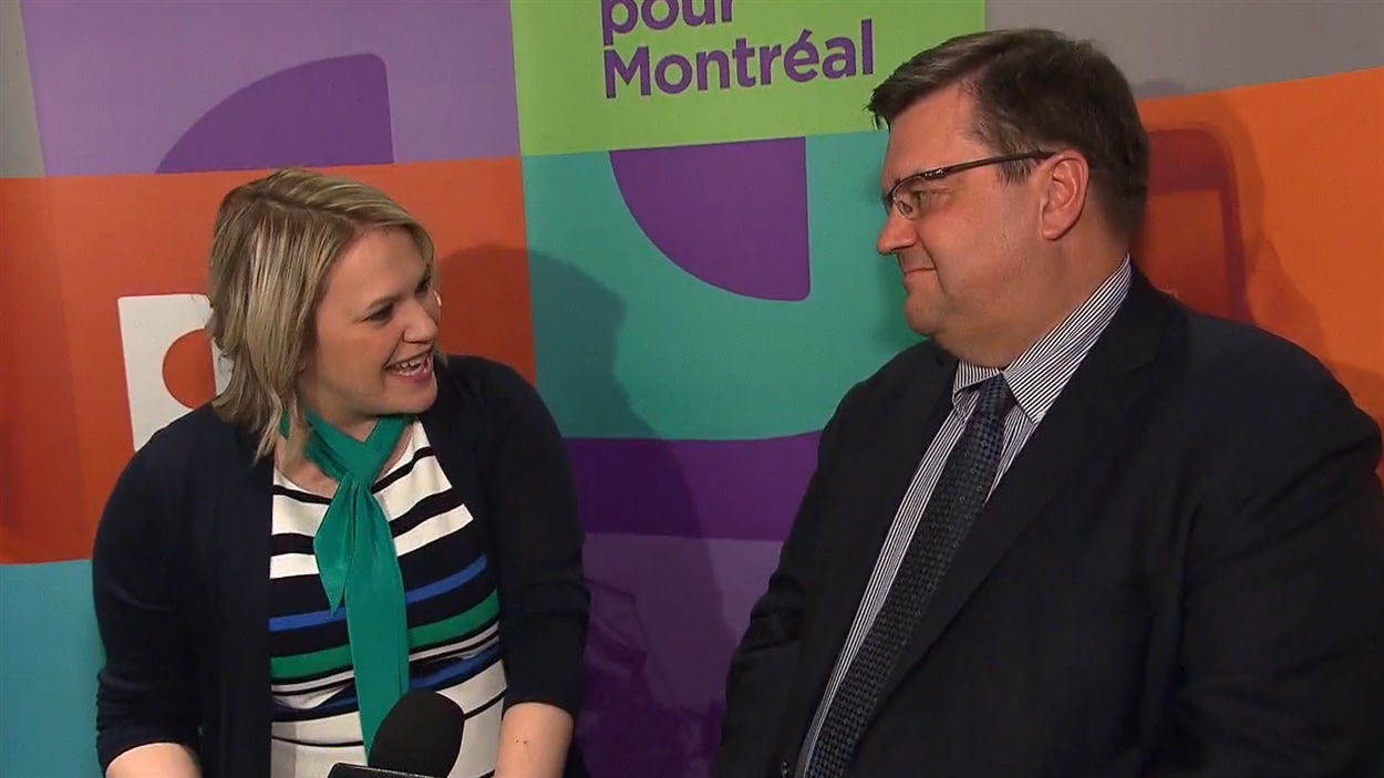 Christine Black, en compagnie de Denis Coderre après sa victoire dans Montréal-Nord