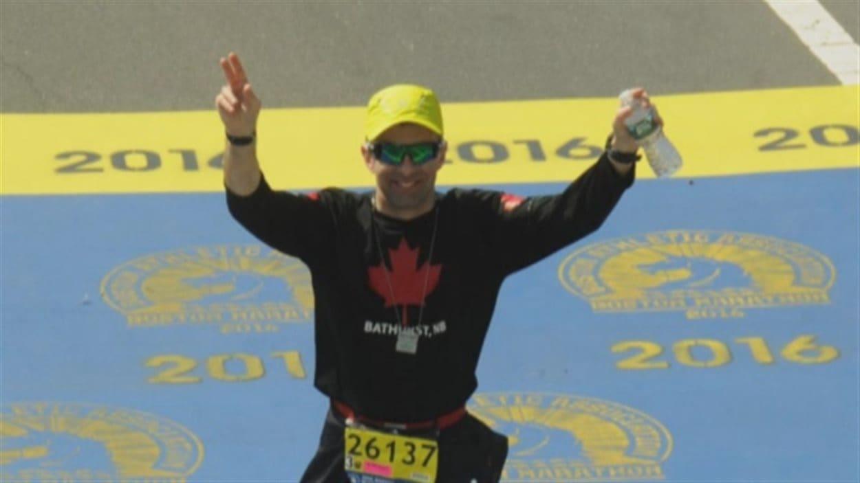 Allan Lagace souffre de paralysie cérébrale, ce qui ne l'a pas empêché de courir le marathon de Boston