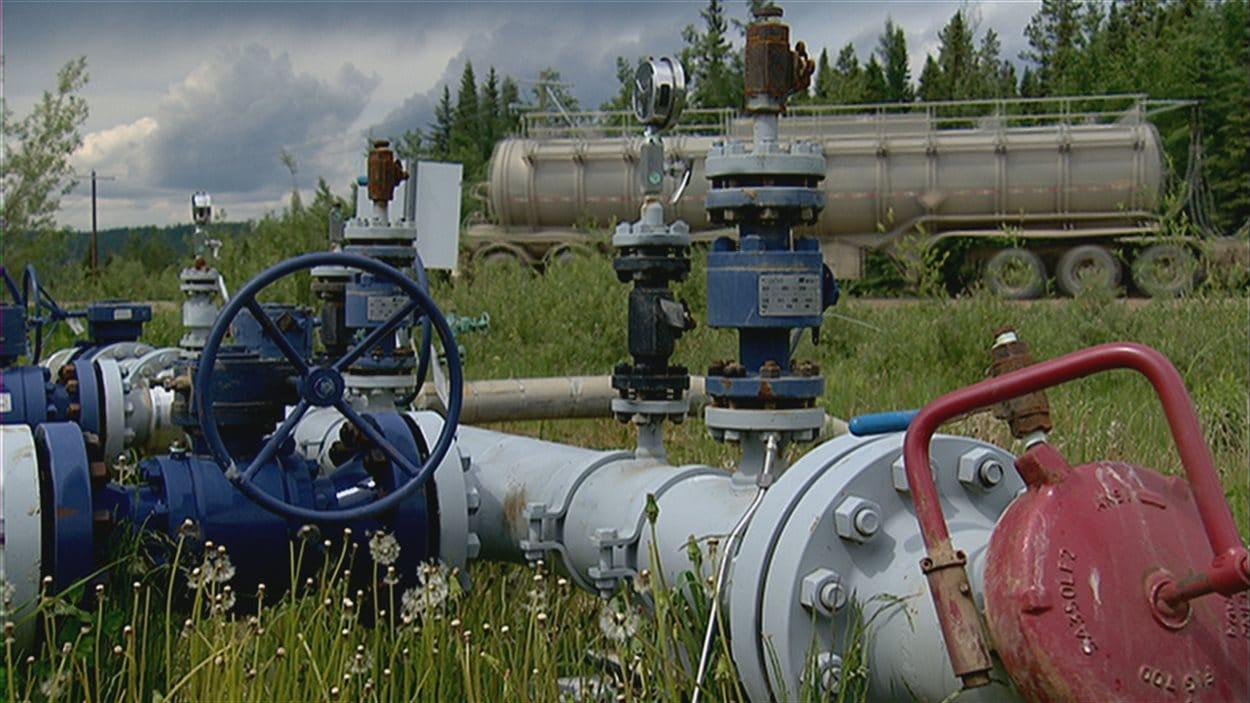 Installation pétrolière à Fox Creek en Alberta