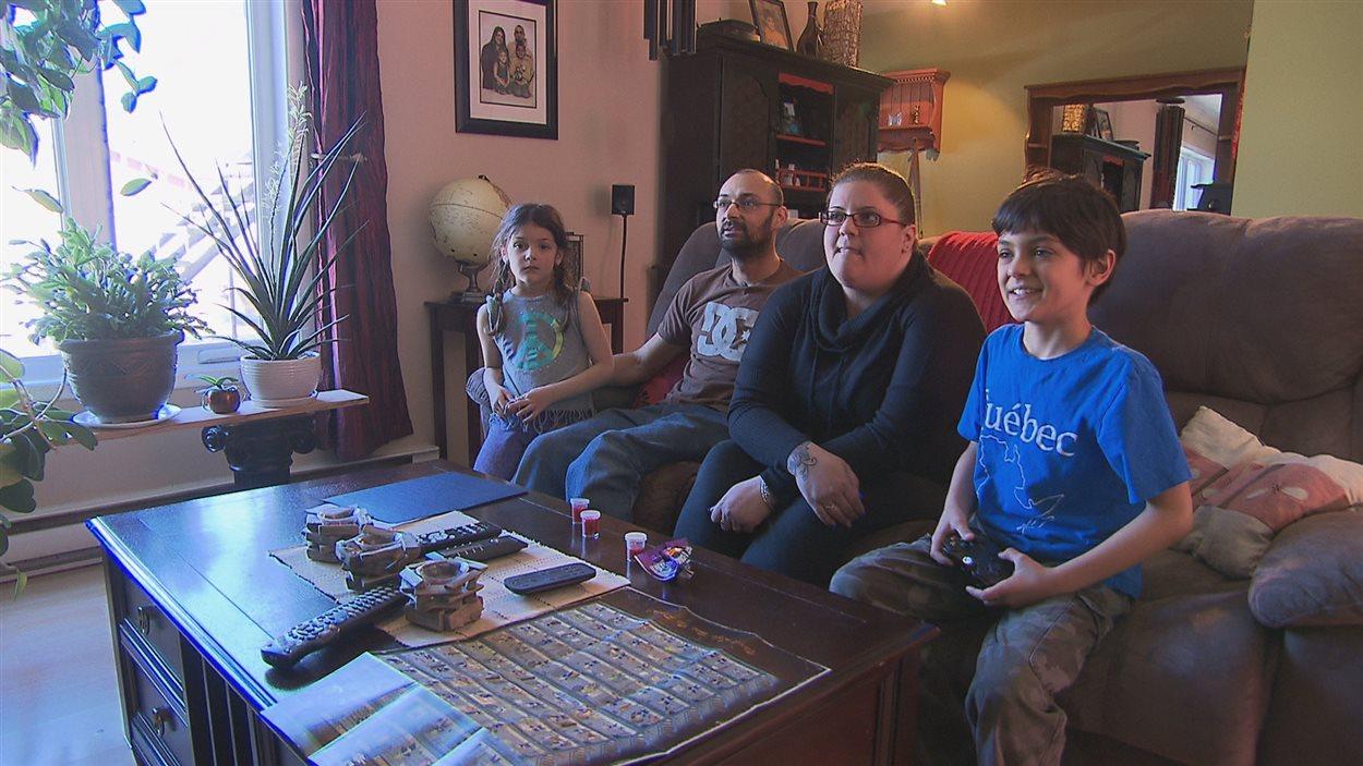 Famille de 4 personnes.
