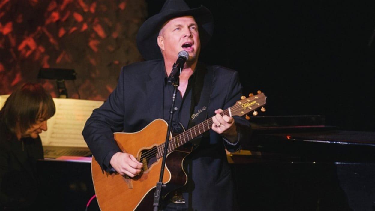 Le chanteur Garth Brooks présentera six spectacles en quartre jours à Saskatoon au mois de juin.