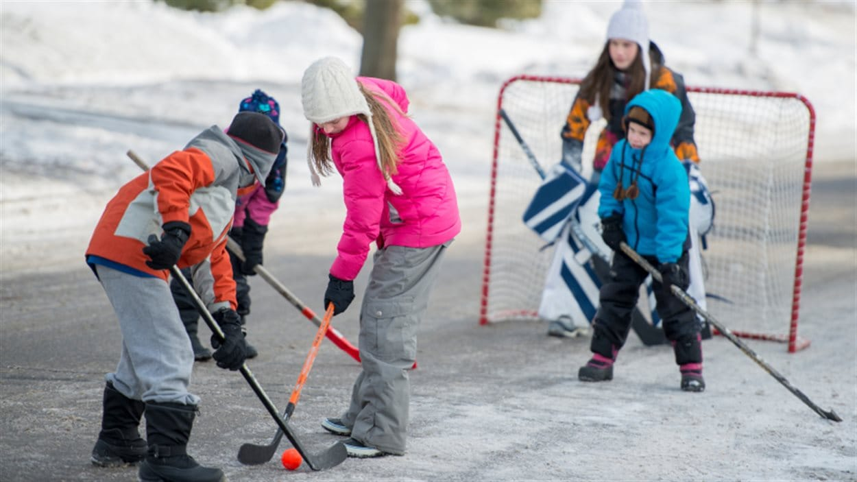 Hockey dans la rue