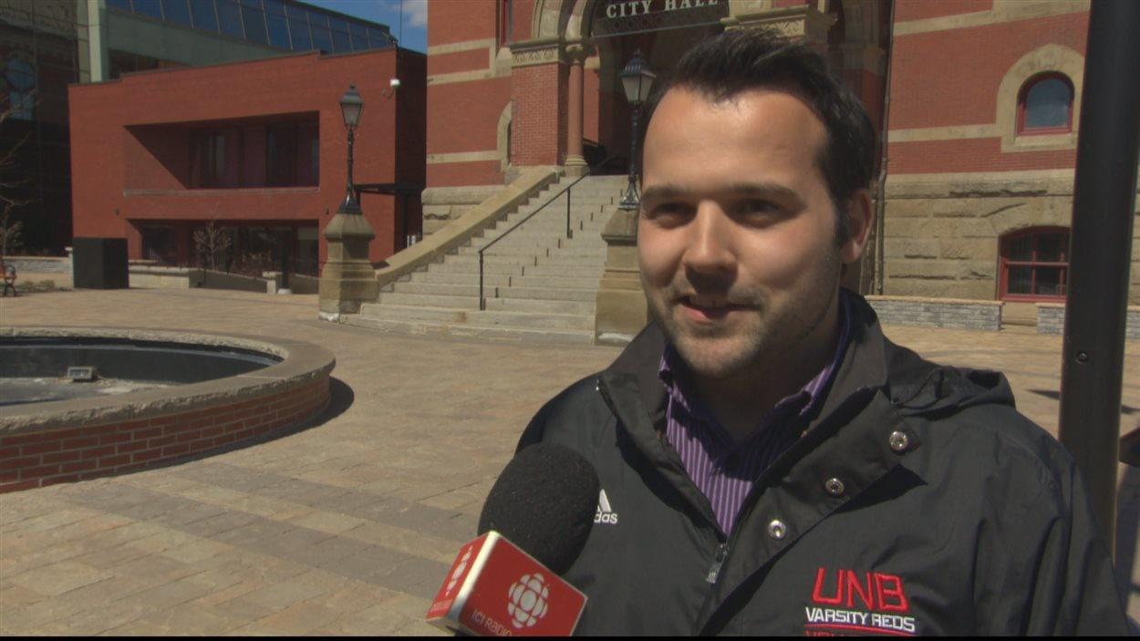 Henri Mallet, un francophone de Fredericton candidat au au poste de conseiller municipal dans la capitale néo-brunswickoise.