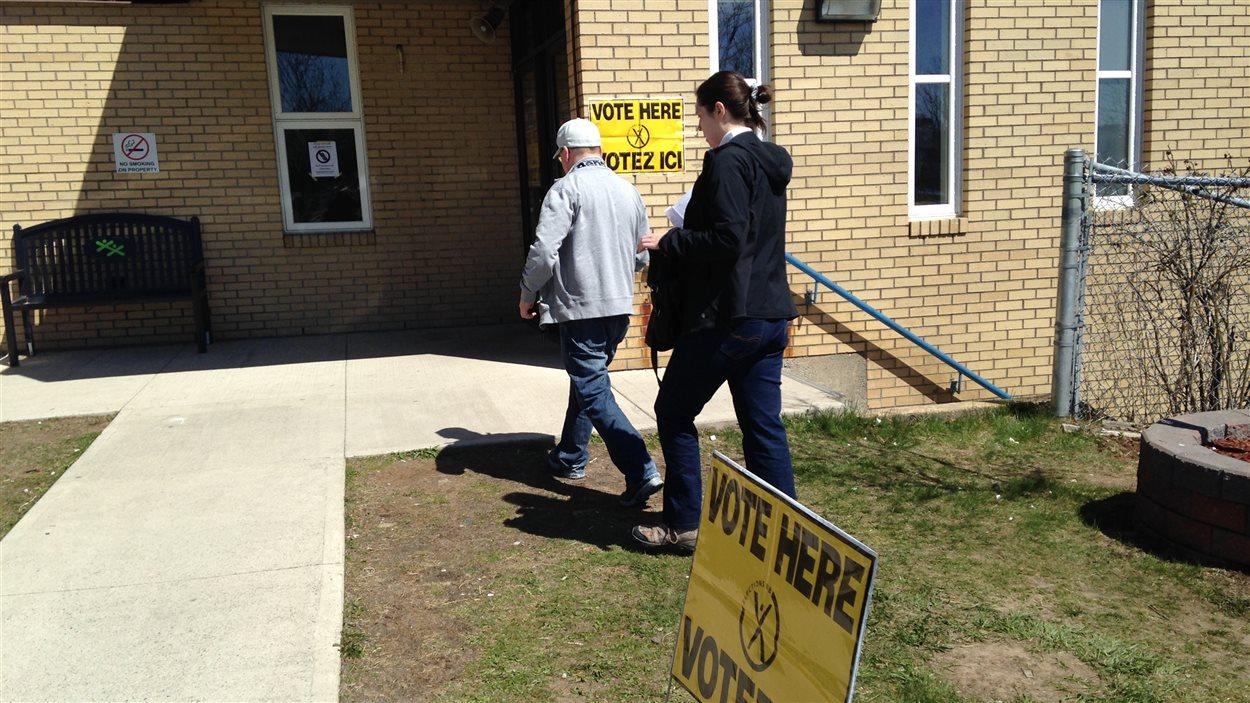 Les Néo-Brunswickois ont été nombreux à voter par anticipation samedi.