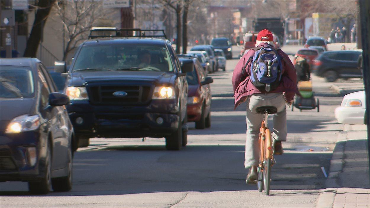 Une bande cyclable sera aménagée sur la rue du Pont.