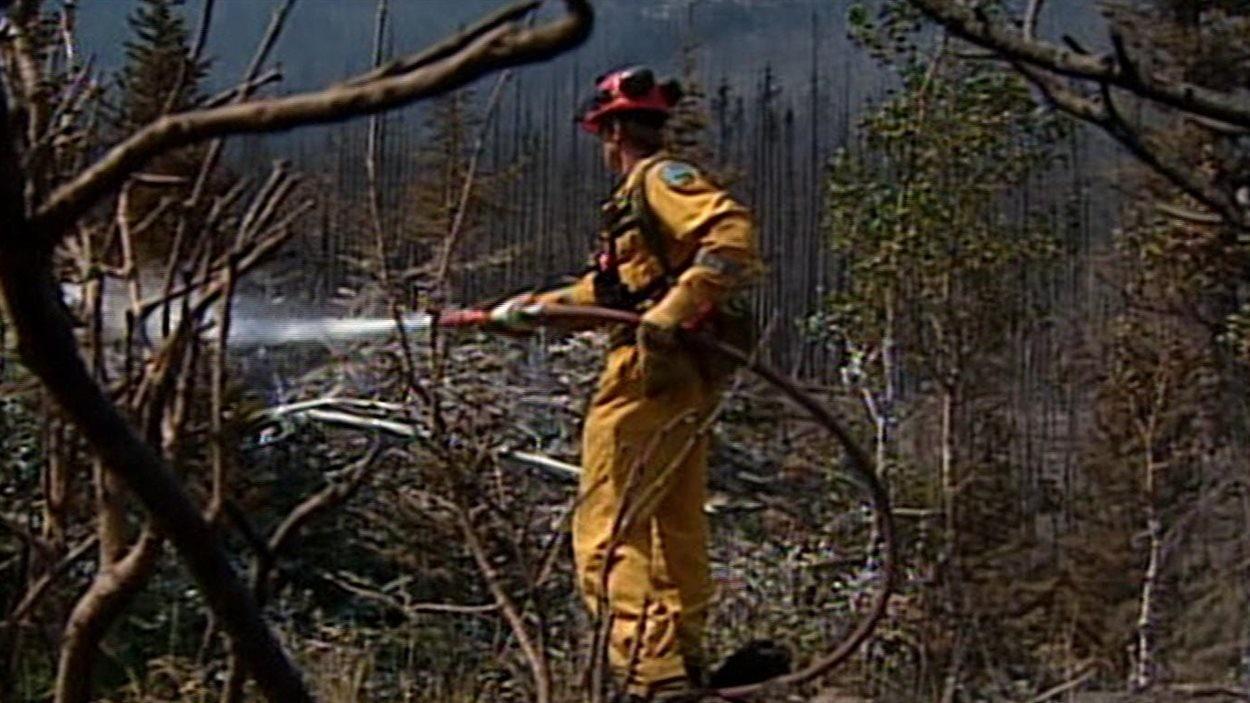 Incendie dans le sud-est de la Colombie-Britannique et le sud-ouest de l'Alberta, en juillet 2003