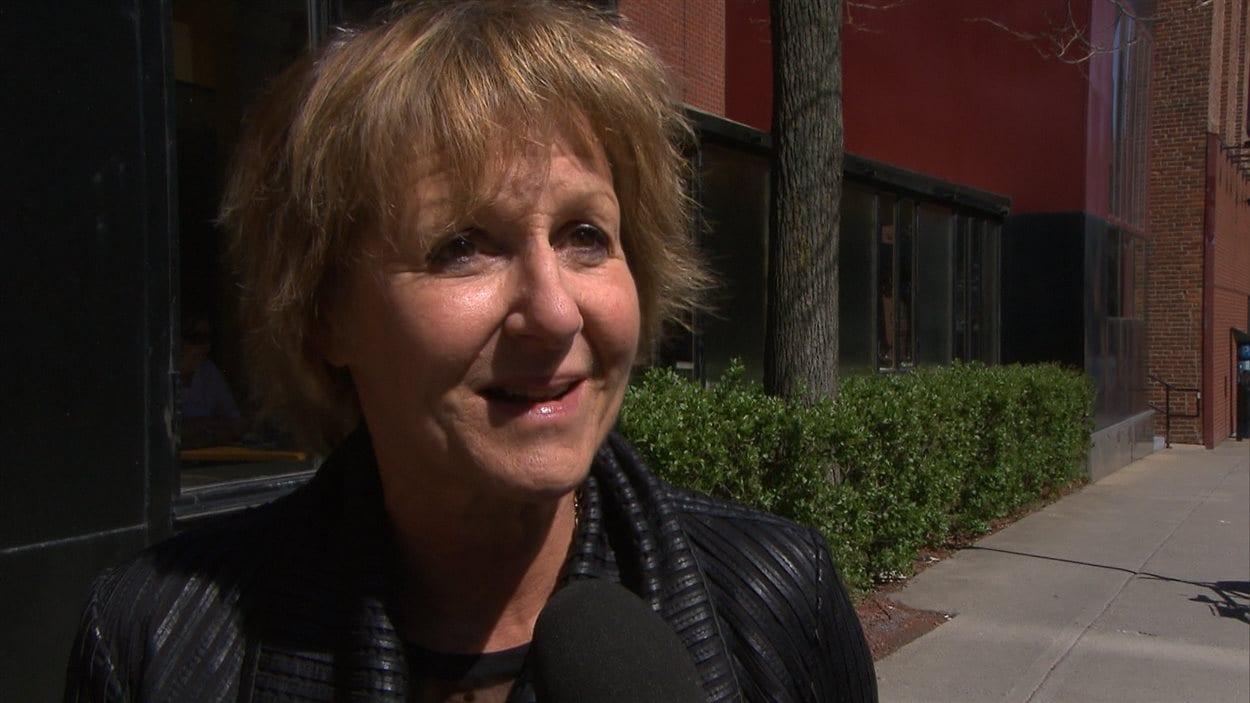 La comédienne, réalisatrice et animatrice Lorraine Pintal voudrait renforcer la place du français sur Internet