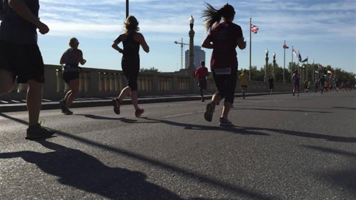 Le marathon Queen city attire chaque année des milliers de coureurs