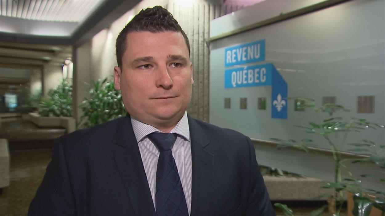 Stéphane Dion, de Revenu Québec, reconnaît que le formulaire n'est pas simple.