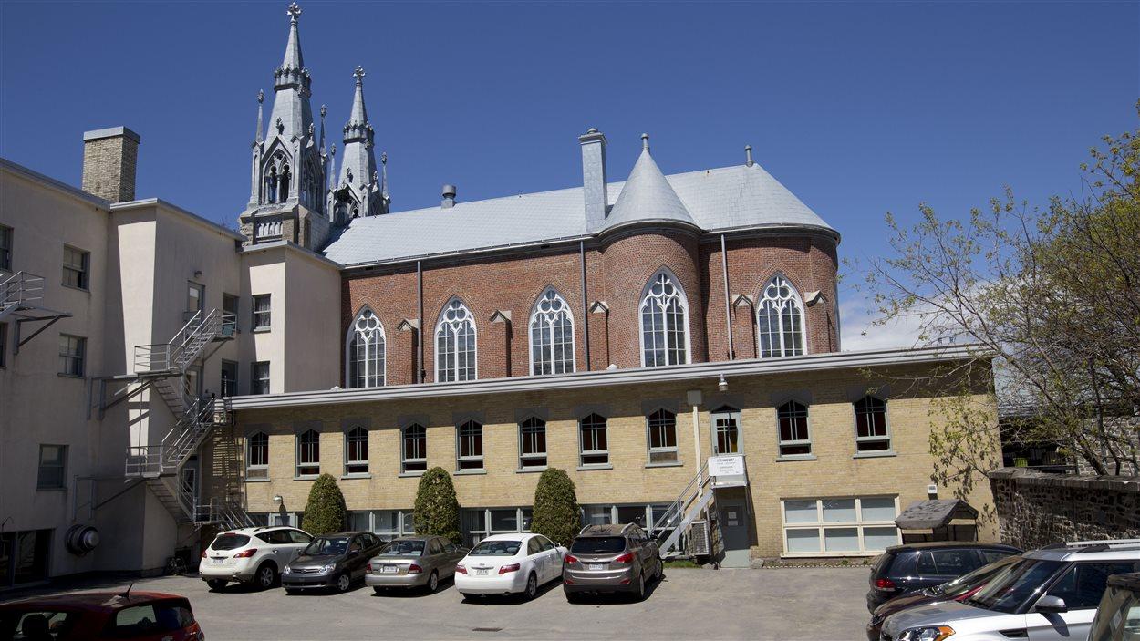 Les bâtiments des missionnaires du Sacré-Coeur
