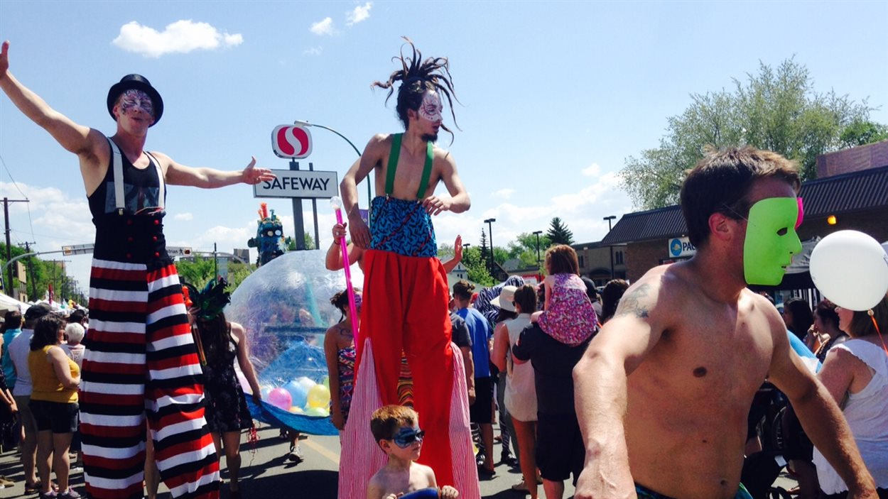 Le festival des arts de Cathedral Village de 2015