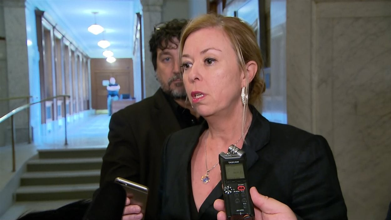 La ministre Dominique Vien
